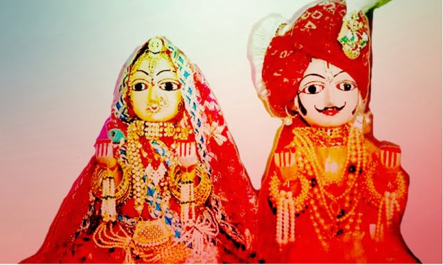 Happy Gangaur Photos